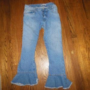 zara  ruffled bottom jeans size 10